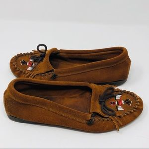 Minnetonka Leather Fringe Beaded Moccasins 8.5